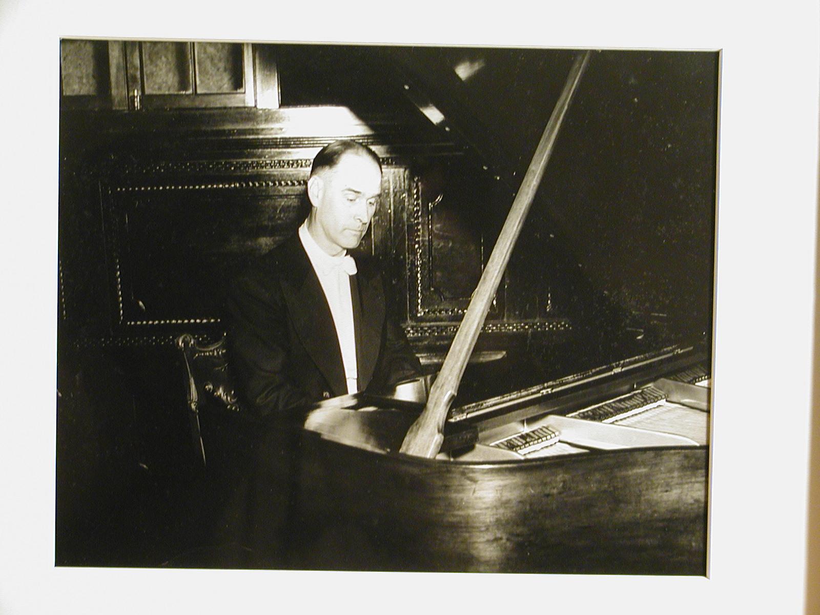 Paul Roe Goodman in Havana